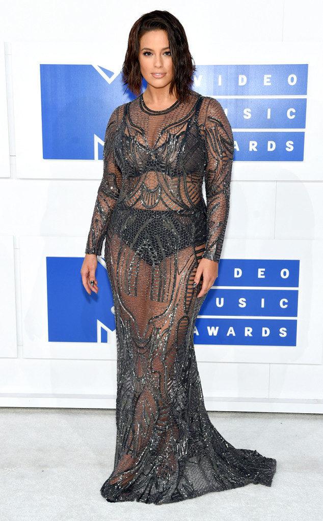 Ashley Graham-MTV-VMAs-Red Carpet-Estrella Fashion Report