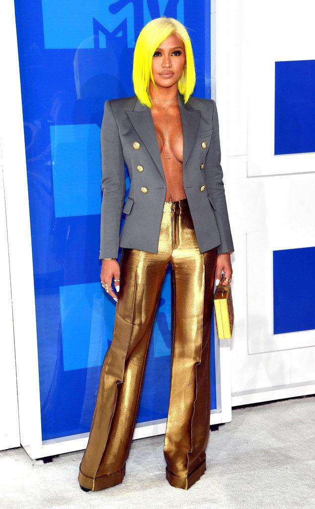 Cassie-MTv-VMAs-Red Carpet-Estrella Fashion Report