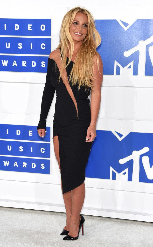 Britney Spears-MTV-VMAs-Red Carpet