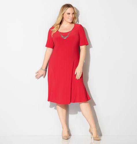 Plus-Size-Red-Dress-Avenue-Estrella-fashion-report