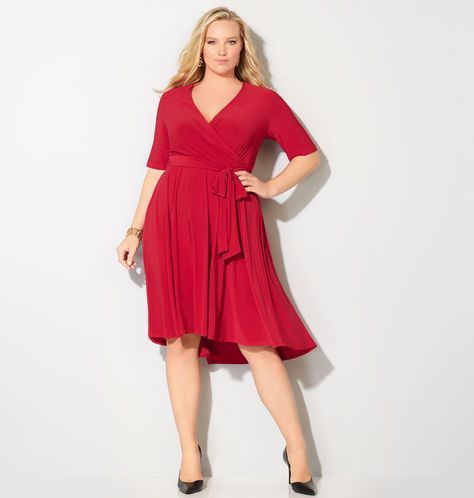 Red-Dress-Plus-Size-Red-Dresses-Estrella-fashion-report-Avenue-