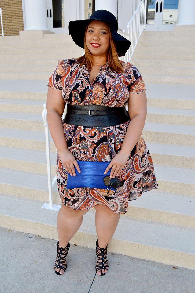 farrah-estrella-latina-plus-size-blogger-estrella-fashion-report