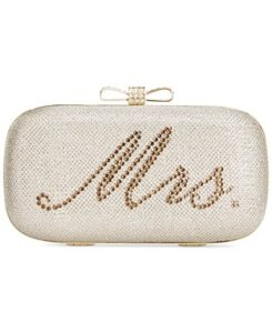 mrs-bridal-clutch-shopping-estrella-fashion-report