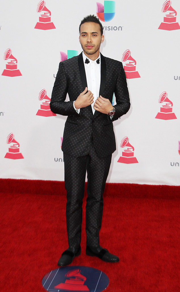 Prince-royce-at-2016-latin-grammys