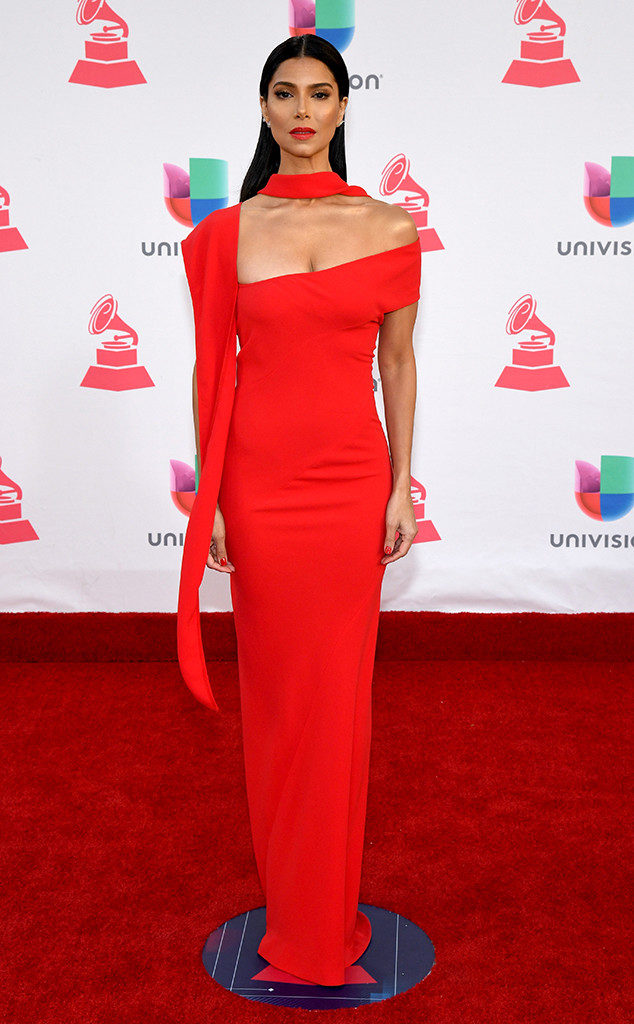 roselyn-sanchez-latin-grammys-2016