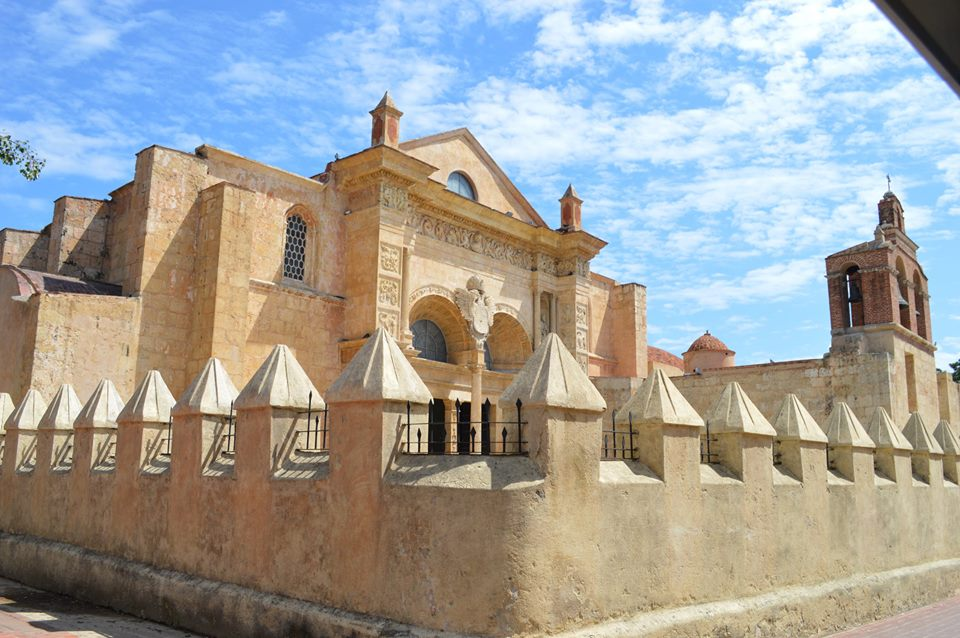 Basilica-Cathedral-of-Santa-María-la-Menor