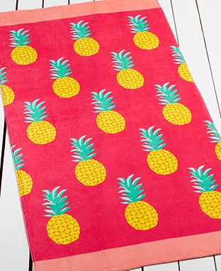 pineapple-grove-beach-towel