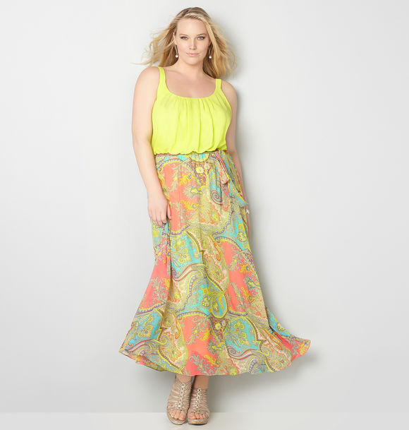 plus-size-bright-paisley-maxi-dress-from-avenue