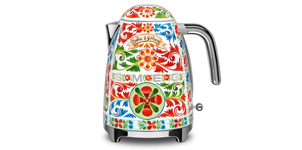 dolce-gabbana-kitchen-appliances-for-smeg