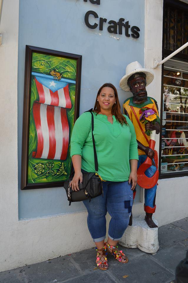 travel-blogger-farrah-estrella-in-puerto-rico