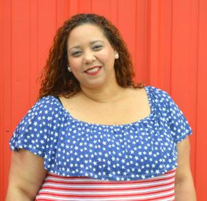 latina-plus-size-fashion-blogger-farrah-estrella