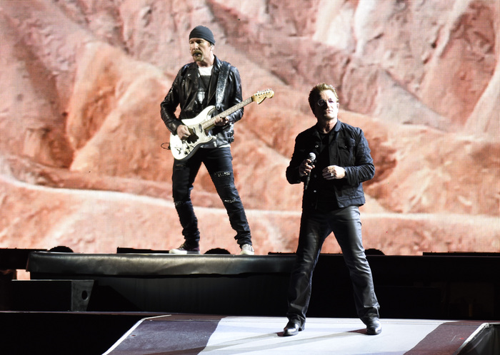u2-performed-at-raymond-james-stadium-in-tampa-june-2017