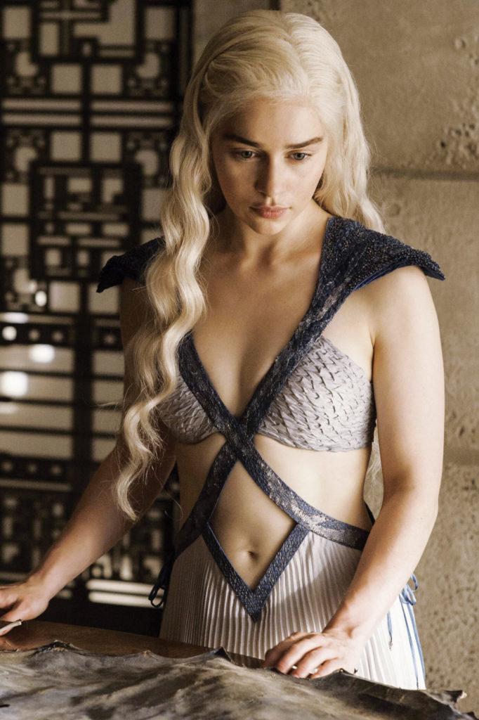 daenerys targaryen costumes emilia clarke