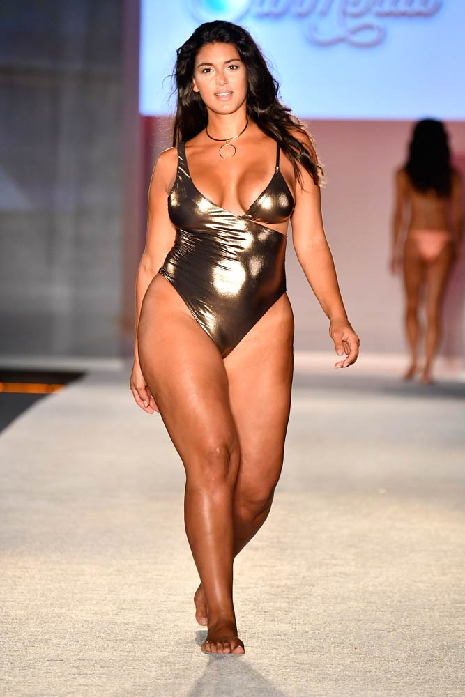 plus-size-model-michelle-vidal-at-miami-swim-week-for-si-swim