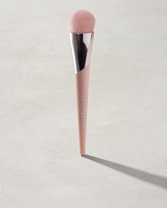 Fenty Beauty by Rihanna makeup brush