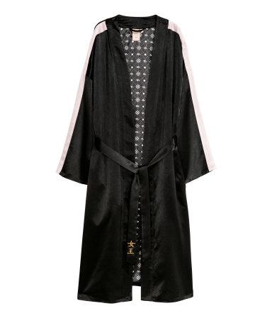Nicki Minaj x H&M long kimono