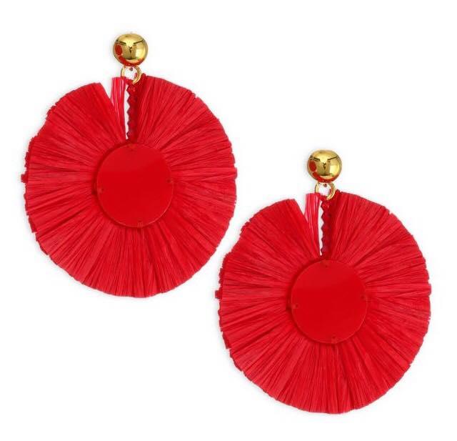 raffia earrings from oscar de la renta