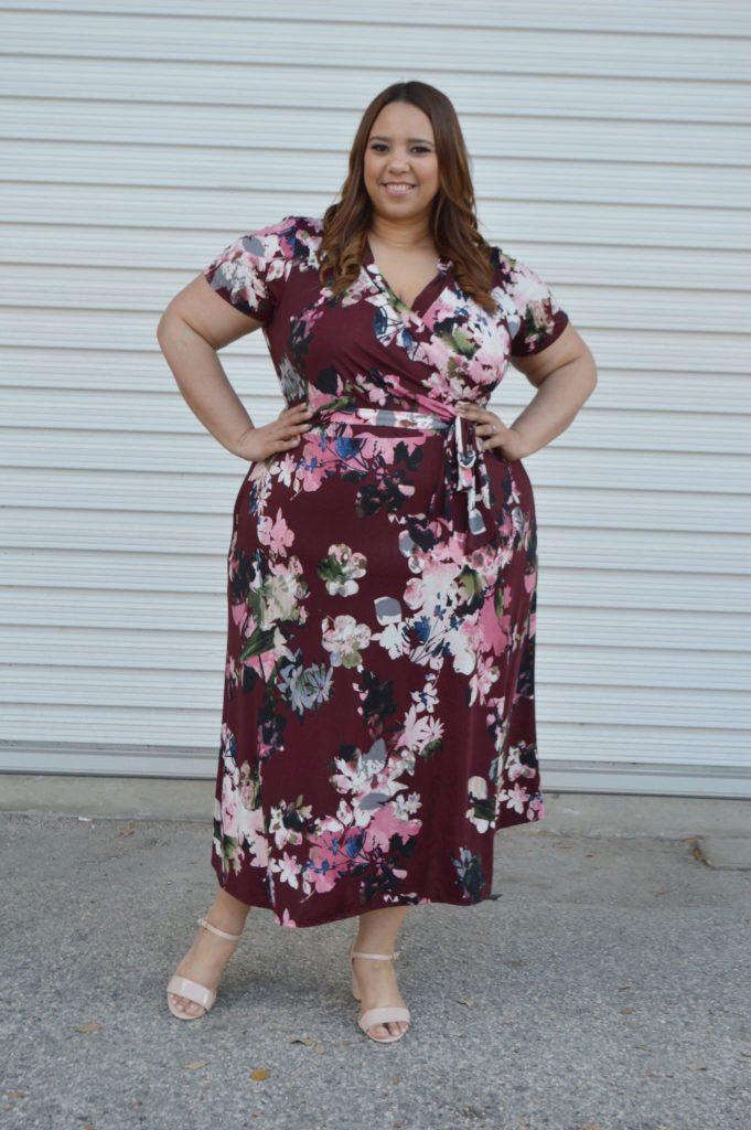 vestido de flores de talla grande