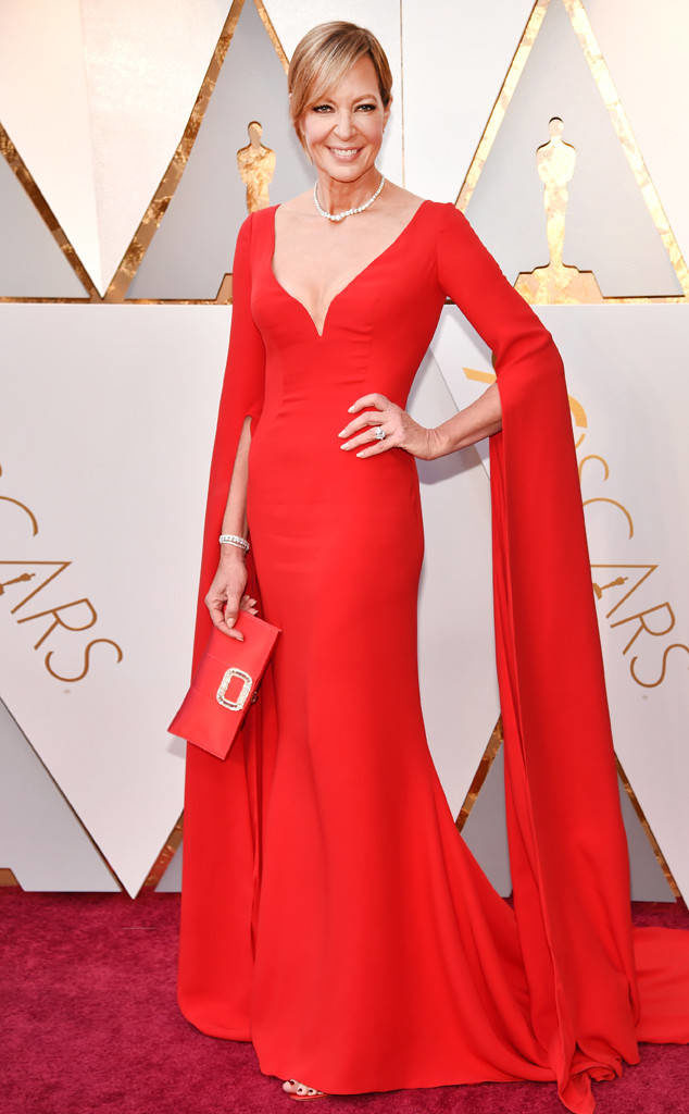 Alisson Janney on the red carpet at the 2018 Oscars
