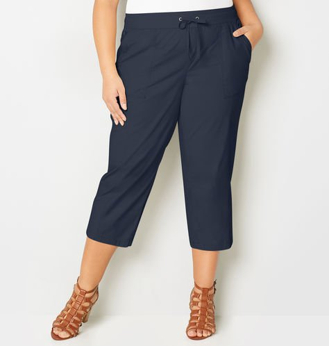 plus size flap pocket poplin capri pants