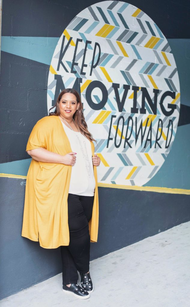 Plus Size Fashion Blogger Farrah Estrella in Tampa