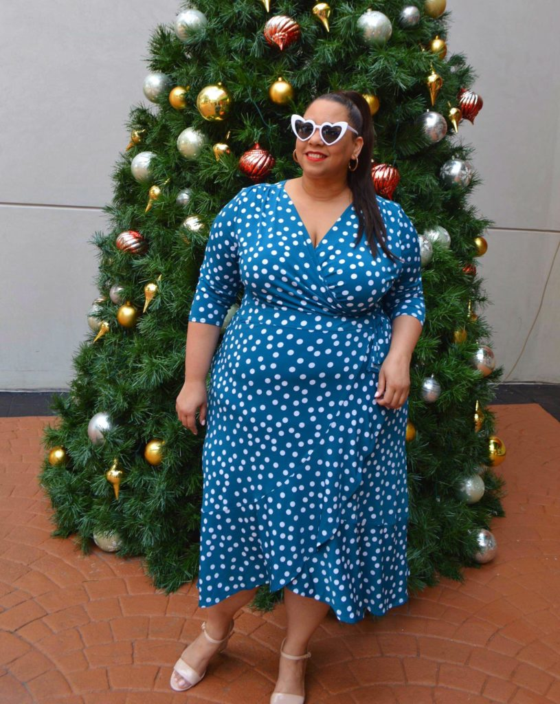Latina Plus Size Fashion Blogger Farrah Estrella