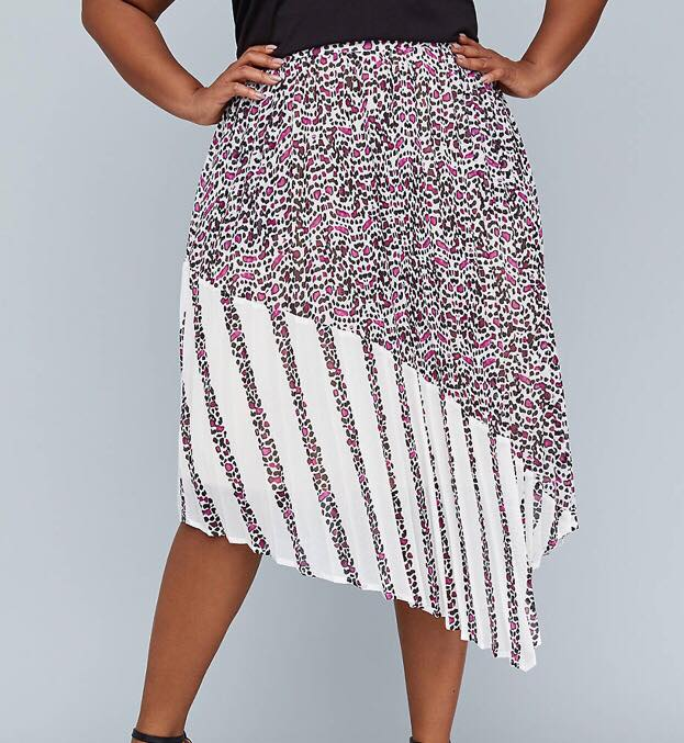 girl with curves pleated mixed print skirt