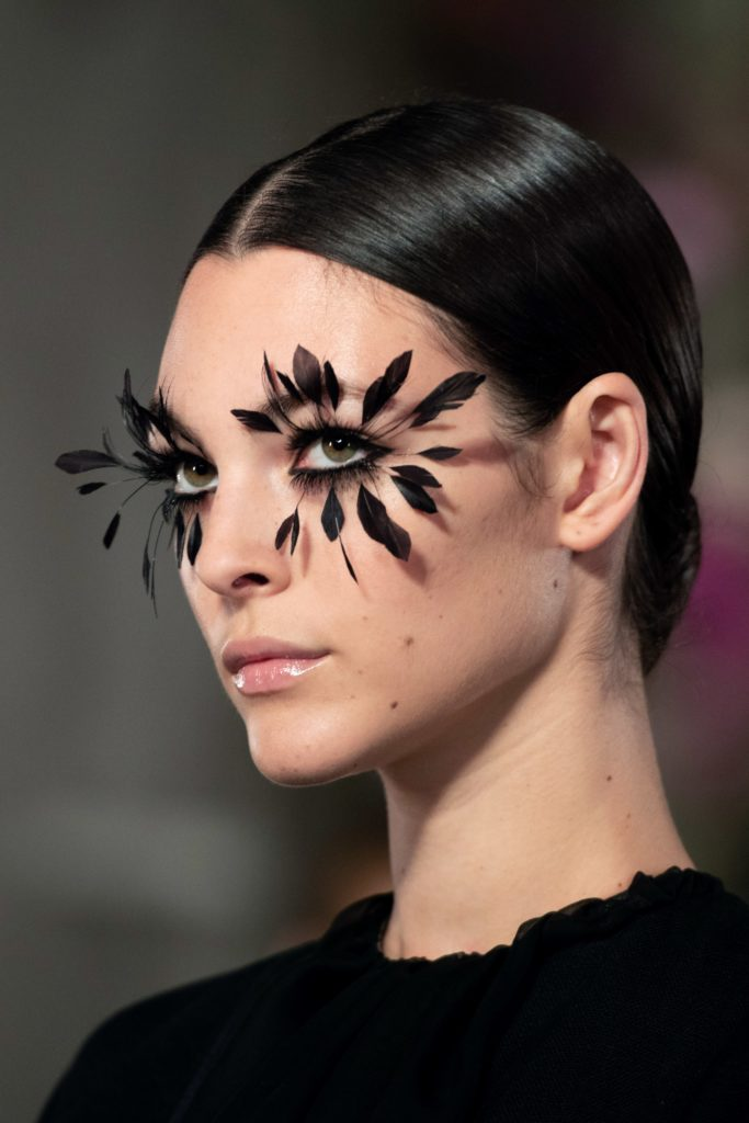 feather lashes by pat mcgrath for valentino couture spring 2019
