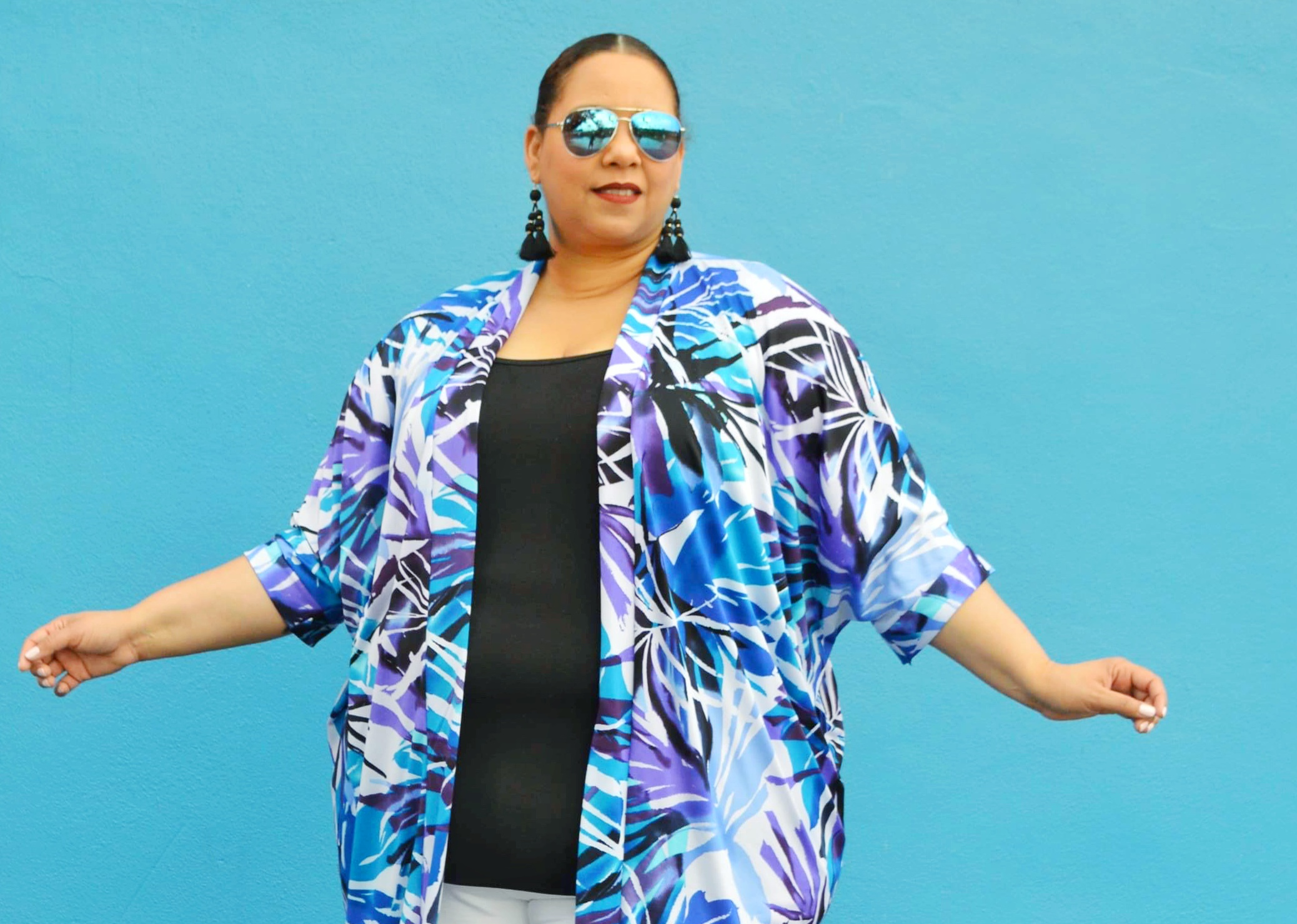 fashion blogger farrah estrella wearing a custom kimono by Designer Steffany Allen
