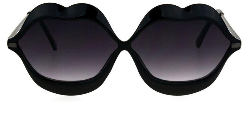 lips shaped sunglasses