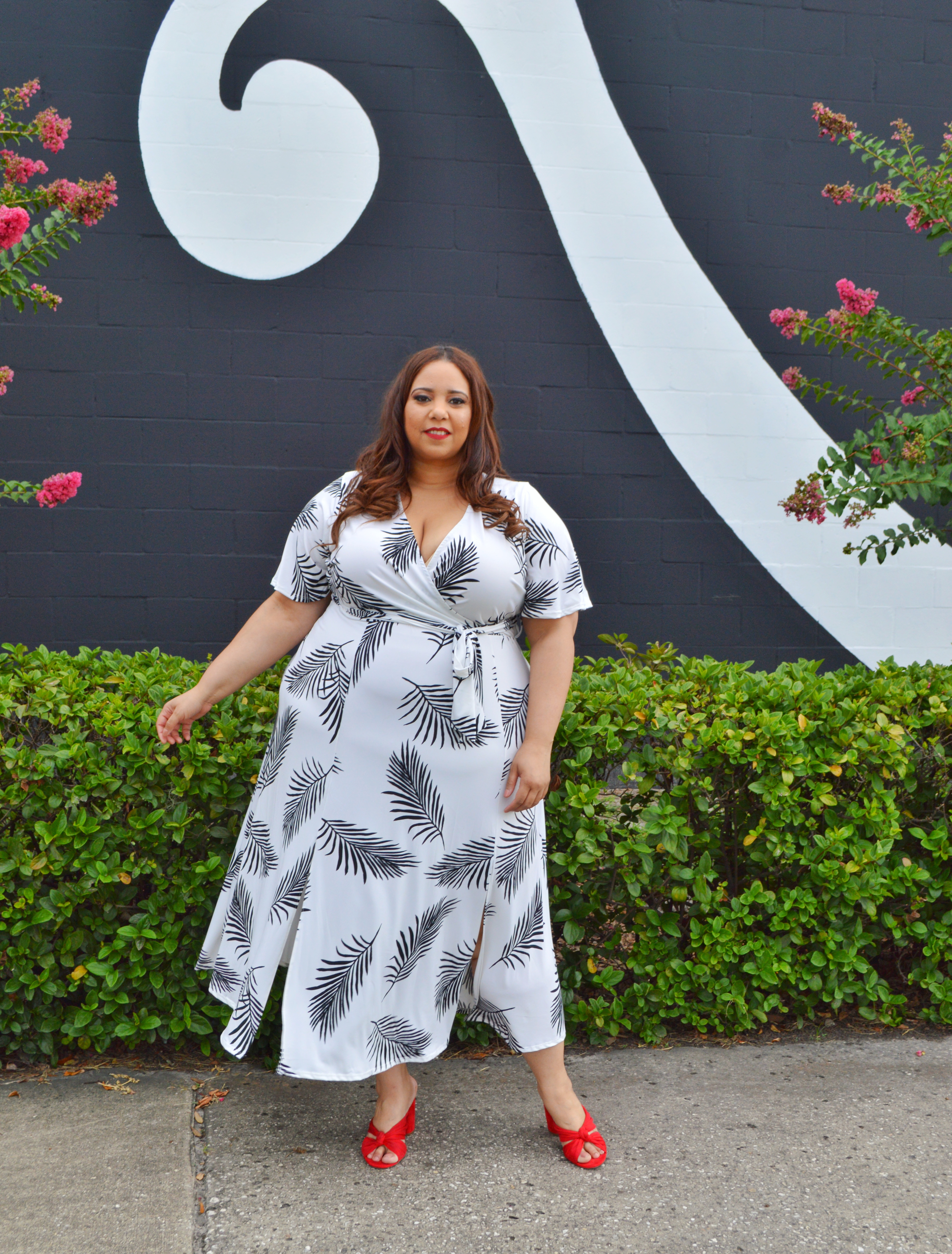 black and white feather print maxi dress