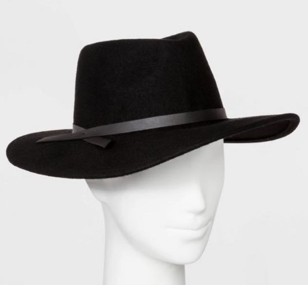 black fedora hat