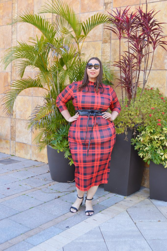 plus size blogger farrah estrela