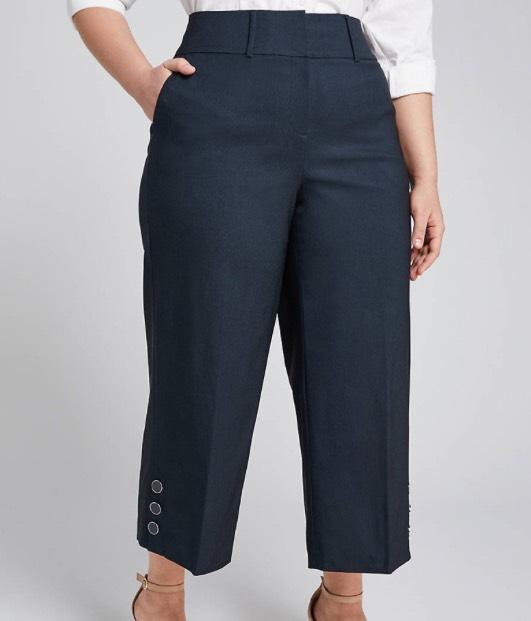 Power Pockets High-Rise Wide Leg Crop With Button Hem - Navy