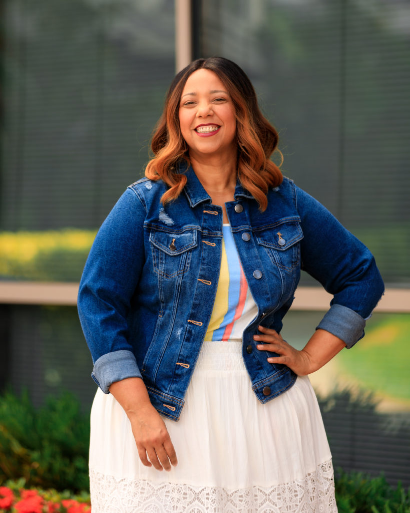 Tampa fashion blogger Farrah Estrella wearing a White Maxi Skirt & Denim Jacket