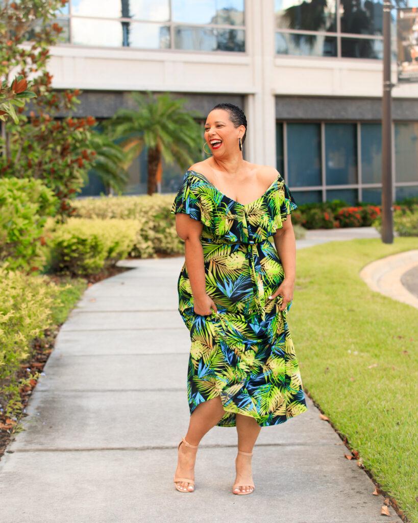 Tampa Fashion Blogger Farrah Estrella.