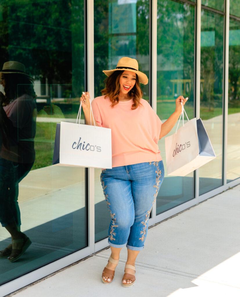 tampa fashion blogger farrah estrella wearing chico's spring collection
