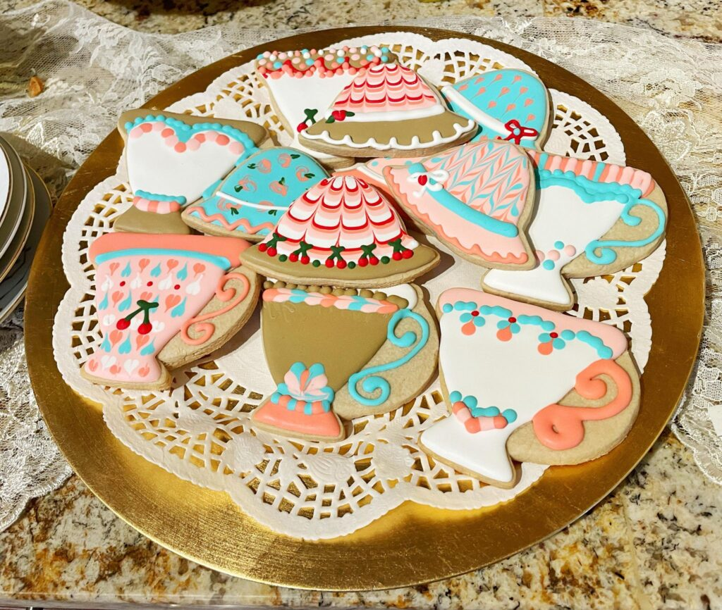 teacups and hats cookies