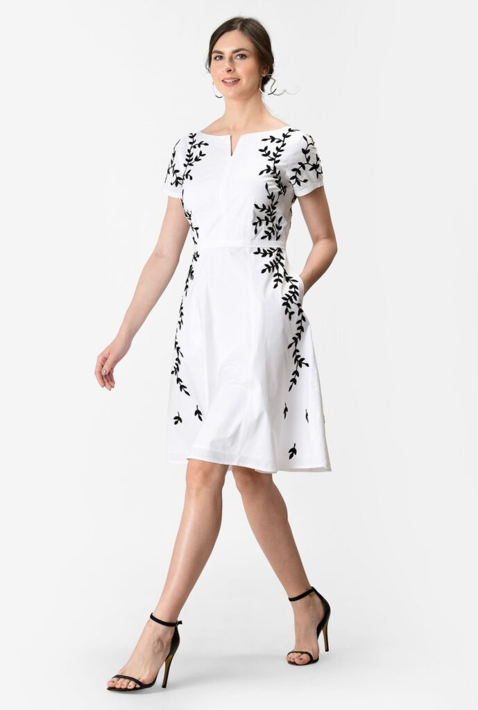 Leafy Vine Embroidery Poplin Dress