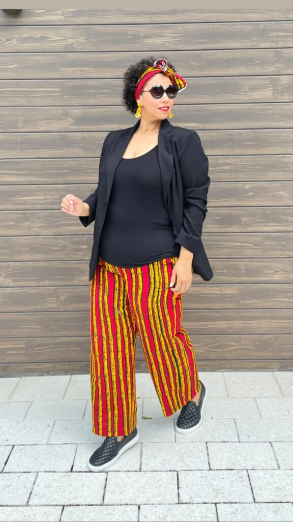 blogger farrah estrella wearing African print
