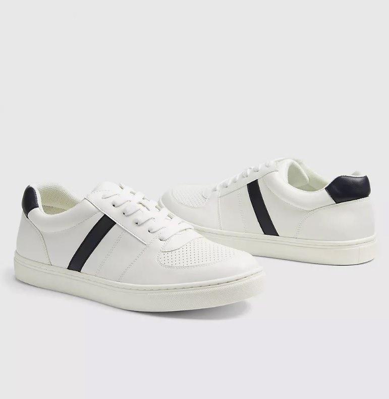 stripe sneakers