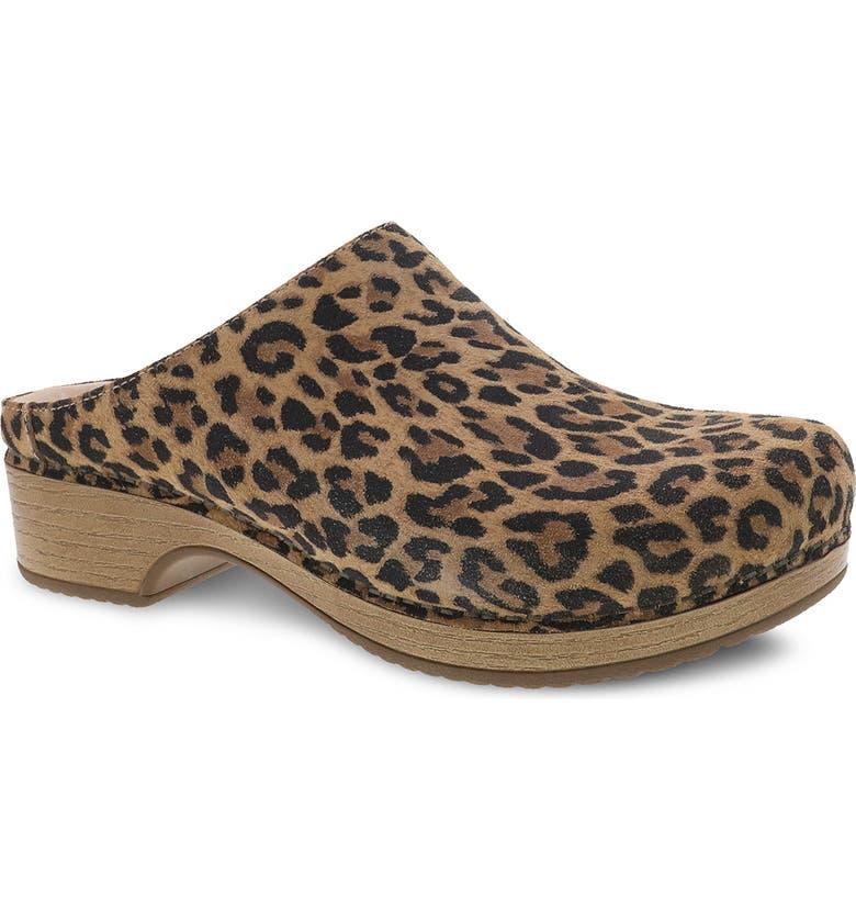 leopard print clogs
